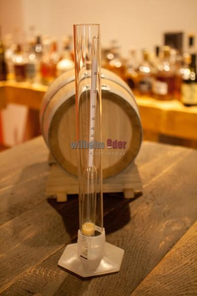 échantillon d'alcoolomètre avec compris cylindre à tige en verre