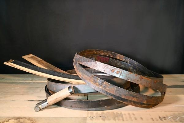 Anciens cercles en métal