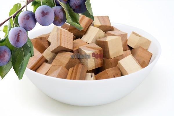 Cubes de prunier