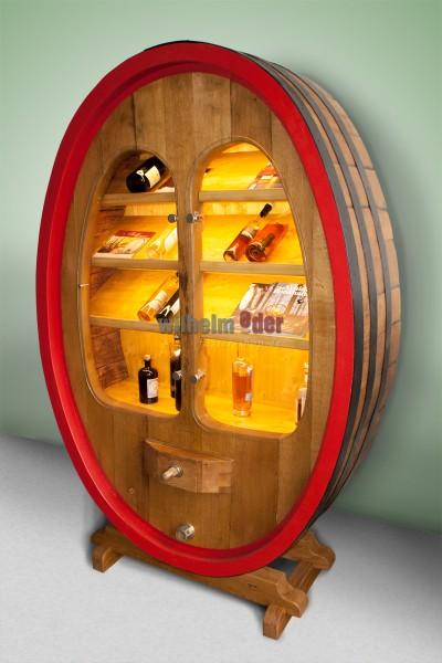 Armoire de présentation fabriquée d'un ancien fût de vin de 3000 l
